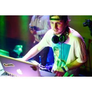 DJ_WesWalker
